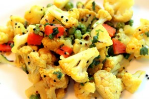 "Healthy Eats for Seniors Series: Indian Cauliflower ""Sabji"" with Peas and Carrots"